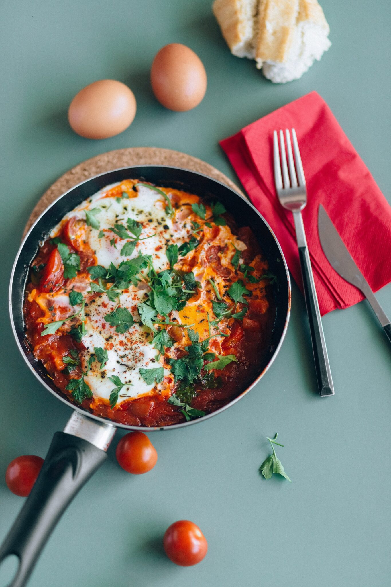 Shakshuka – Eggs and Tomato Breakfast